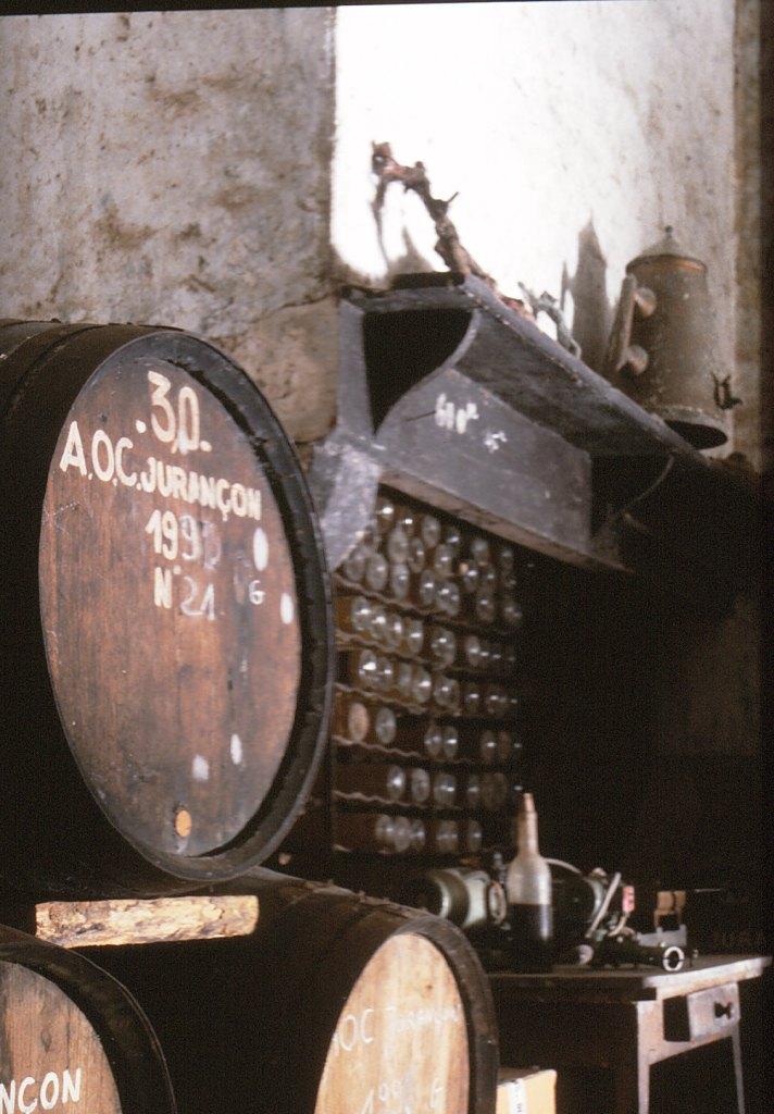 Elevage des vins en barriques de chêne – Cru Lamouroux – Jurançon